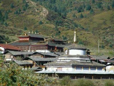 klasztormuguzungczu_400
