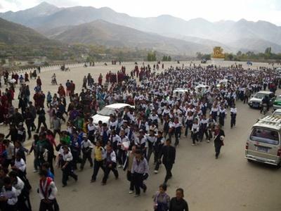 protestuczniowrebgong19pazdziernika2010_400